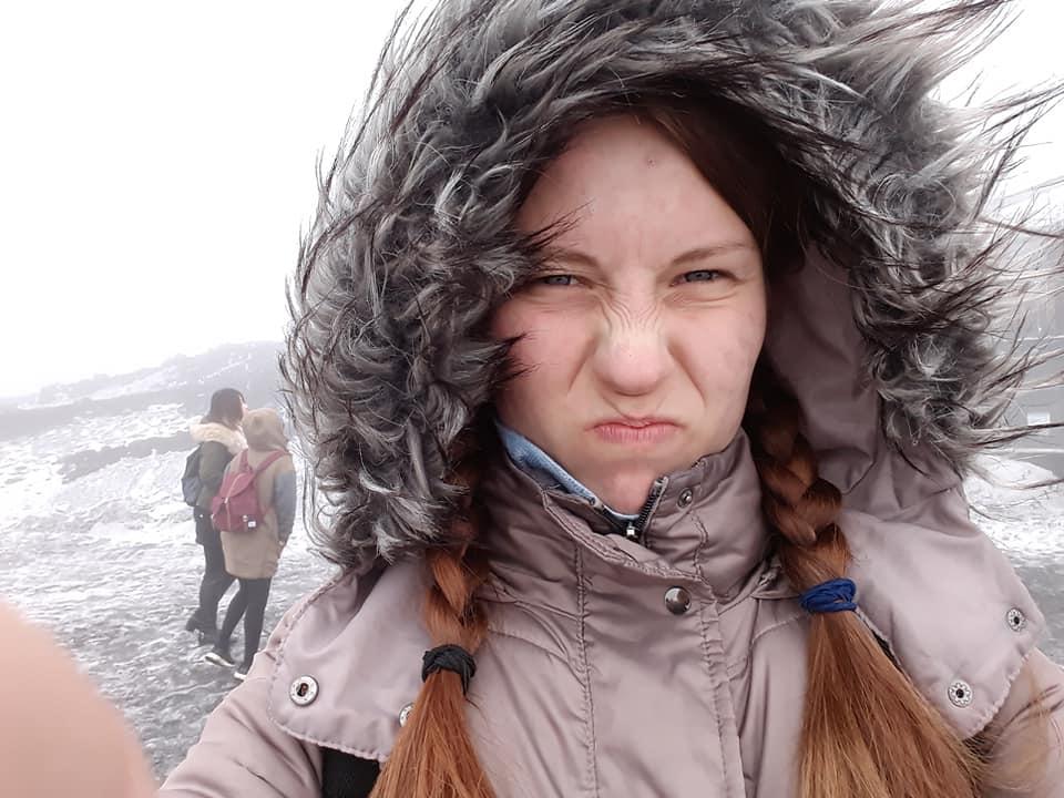 Barbora na Etně zima kapuca